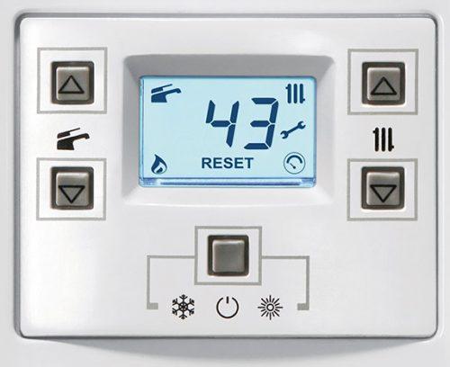 Tableau de commande de la chaudière gaz condensation Biasi RinNova Cond Plus